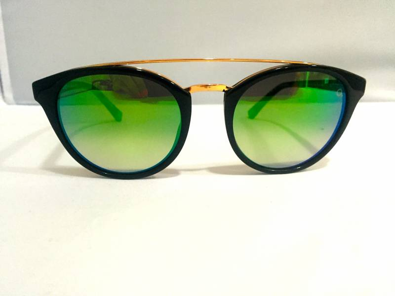 essaye de lunette de soleil en ligne Notre youstyling 2ième paire de lunettes en cadeau  découvrez nos lunettes   découvrez nos solaires  essayez notre collection de grandes marques.