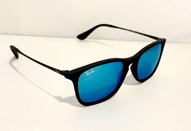 lunettes de soleil ray ban rectangulaires nez clef noires mats verres miroirs bleus pour. Black Bedroom Furniture Sets. Home Design Ideas