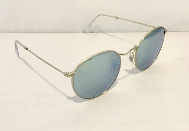 lunettes de soleil ray ban verres miroirs psychopraticienne bordeaux. Black Bedroom Furniture Sets. Home Design Ideas