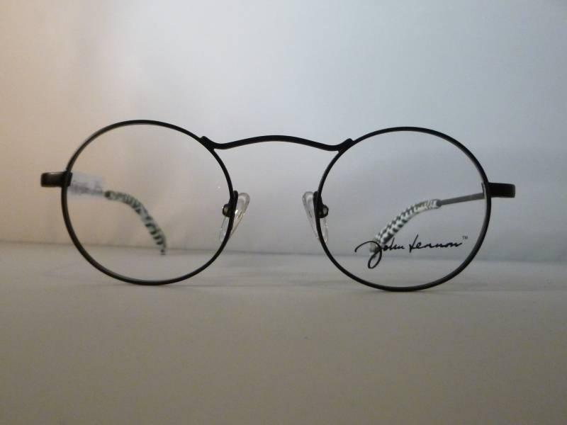 Lunettes de vue avec un design original et des manchons en damier John Lennon