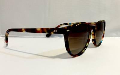 Vue de profil lunettes de soleil Slash