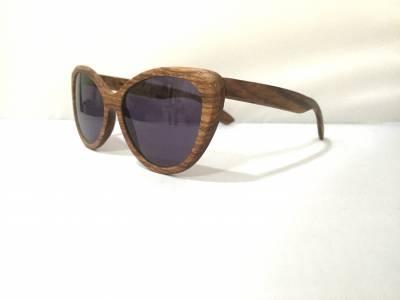 Vue de profil lunettes de soleil Waiting For The Sun